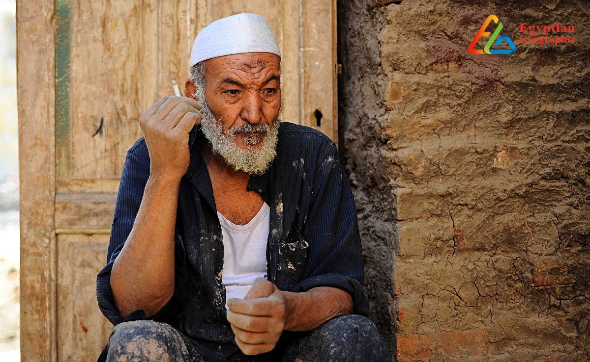 Uncle Ramadan an artist who transforms mud into artifacts