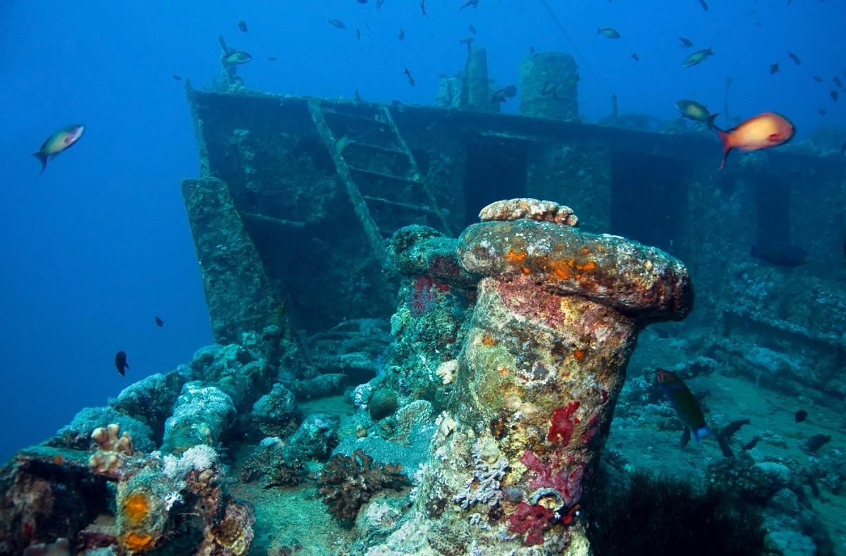 مقبرة السفن المصرية