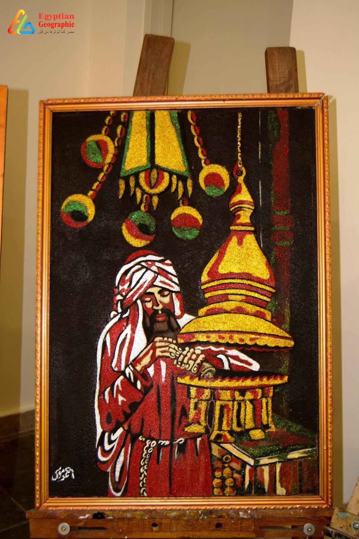 جانب من معرض اللوحات