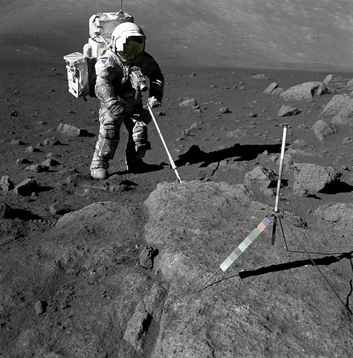 12 astronauts story walked on the Moonscape