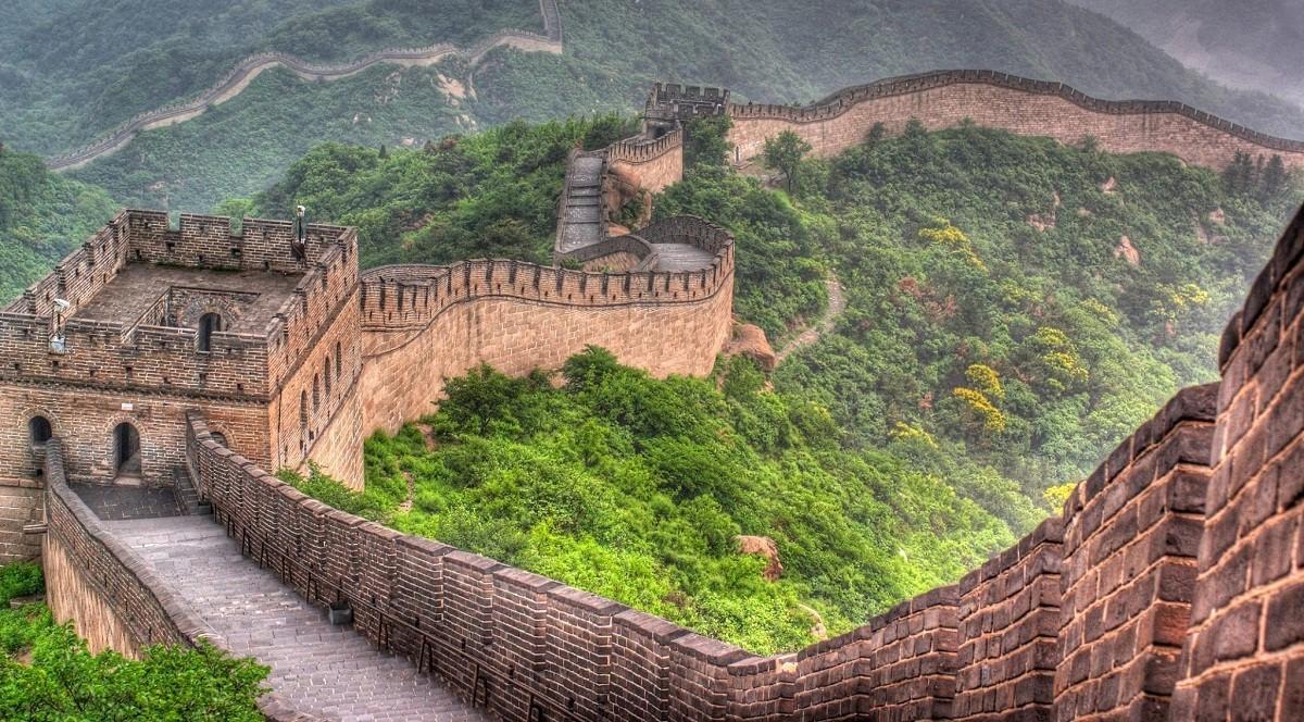 سور الصين العظيم'.. أضخم حصن عسكري في تاريخ البشرية يمكن مشاهدته من الفضاء  الخارجي