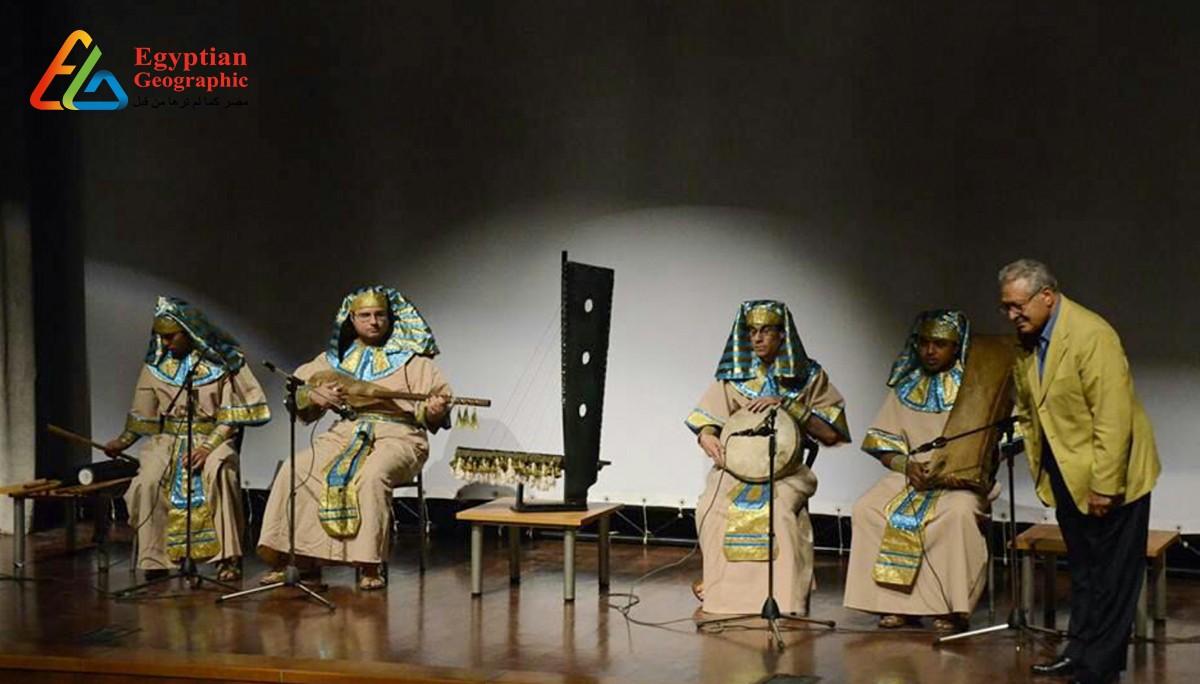 Cأحفاد الفراعنة: فرقة موسيقية تغني باللغة الهيروغليفية